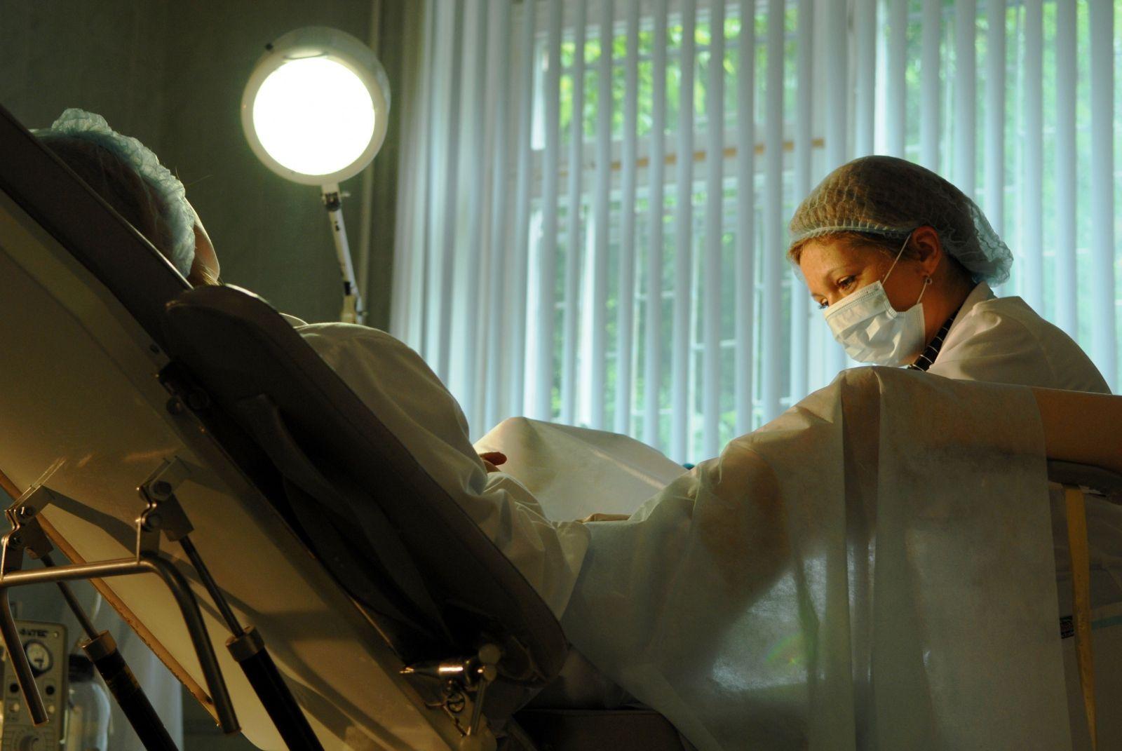 Раздівайся ти в гінеколога смотреть онлайн 22 фотография