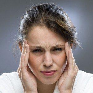 Почему возникает боль в висках и что предпринять в этом случае
