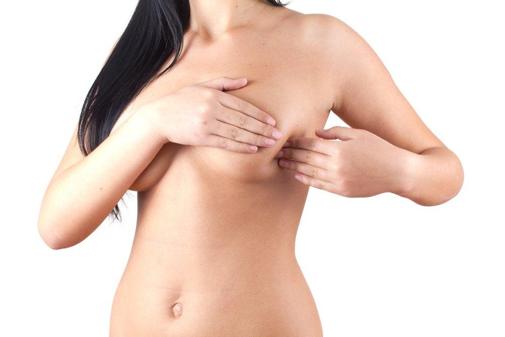 Что делать, когда болит молочная железа