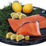 Филе морской рыбы с лимоном и зеленью