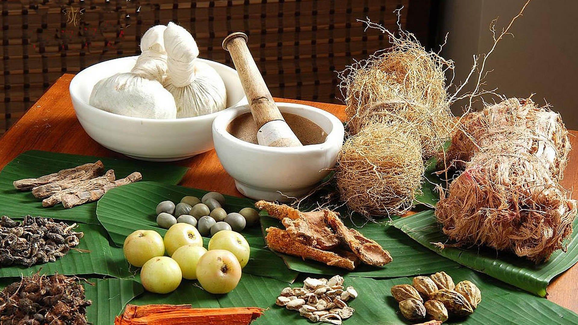 Народные средства для лечения горла и гортани