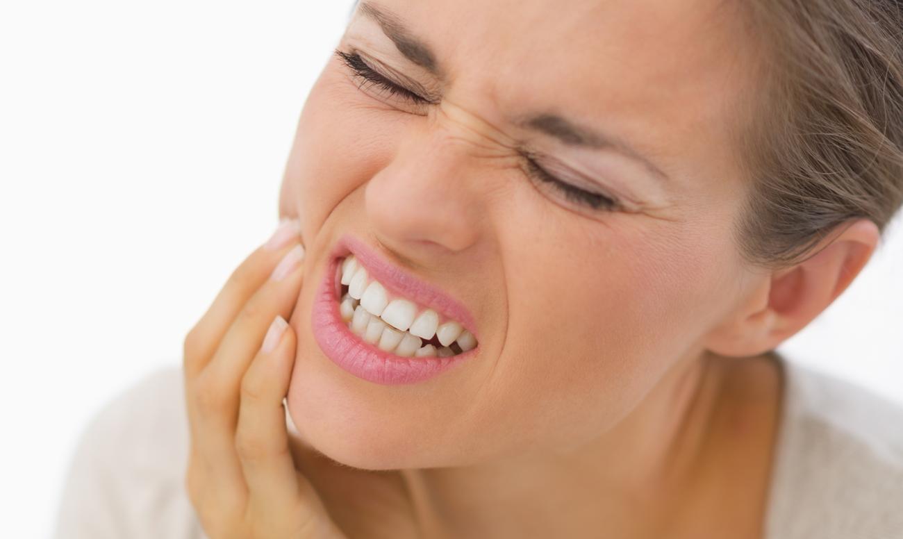 Скрип зубами вылечить в домашних условиях