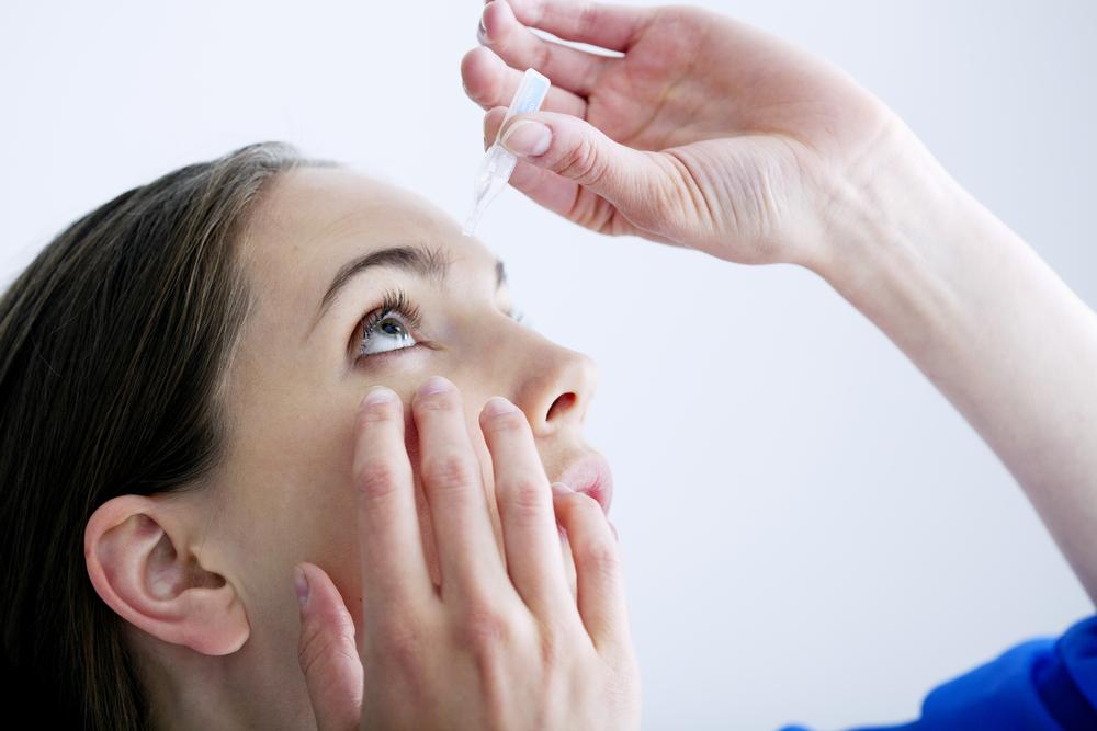 У ребенка 1.6 красное горло как лечить