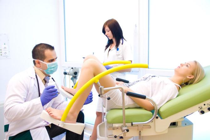 Осмотр на кресле гинеколога
