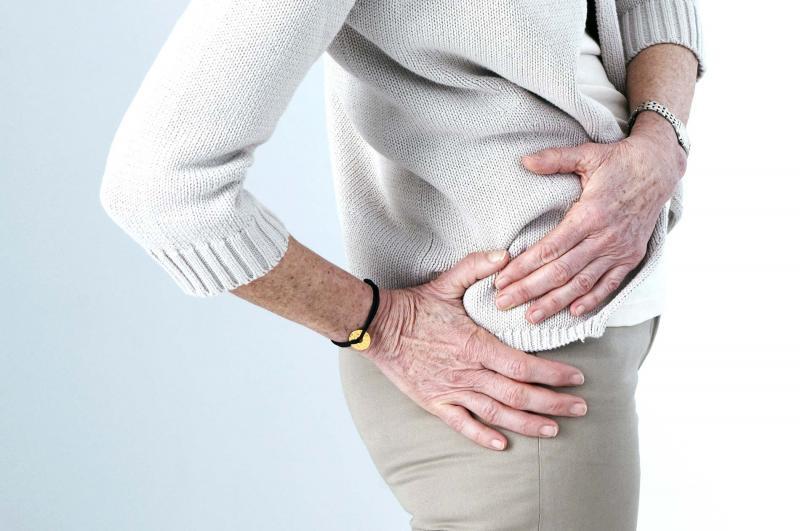 Почему болит и немеет нога от бедра до колена