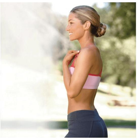 Девушка перед выполнением упражнений
