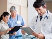 врачи в клинике
